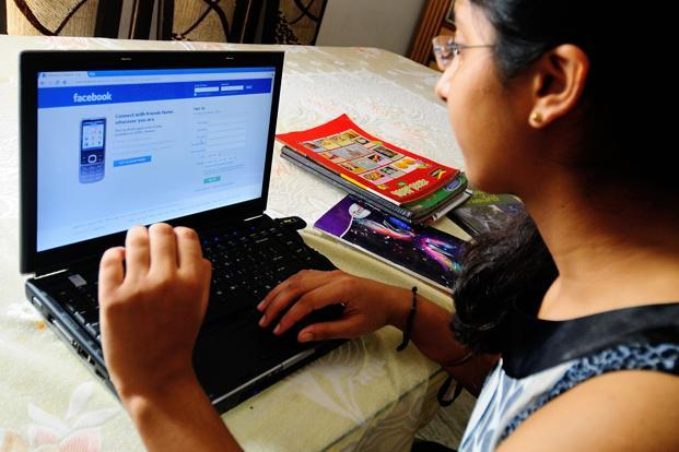 Dampak Positif dan Negatif Internet di Berbagai Aspek Kehidupan